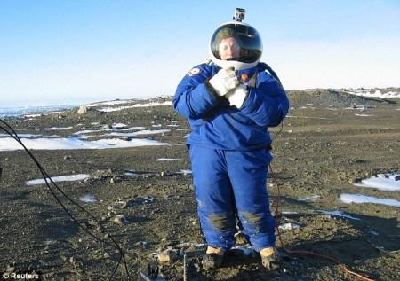 南极的大风严寒天气非常适合对火星宇航服进行测试