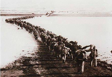 产战争_新中国五十年资料(三):抗美援朝战争