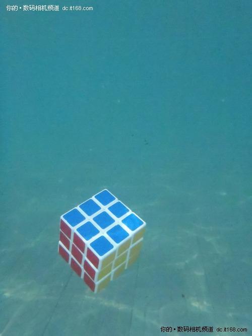 比基尼美女潜水拍 奥林巴斯uTOUGH6020