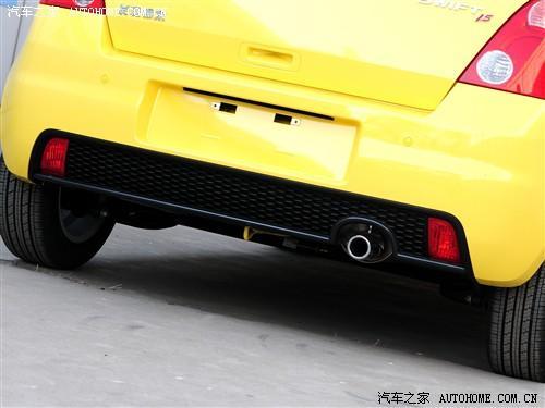 汽车之家 长安铃木 雨燕 2011款 1.5运动版 mt高清图片