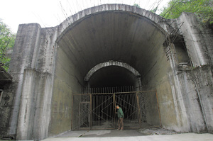 亚洲第一人工巨洞:绝密核工厂成为旅游点(图) zt(我曾经生活过的地方)