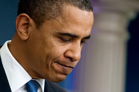 """现实是残酷的,当年热恋奥巴马的""""无知少女""""如今与他渐行渐远。当年的""""吸票机""""如今竟成""""票房毒药""""。[详细]"""