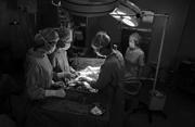 拉闸限电 医院发电做手术