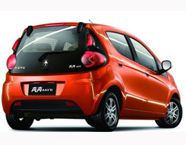 "<strong>奔奔MINI4D营销开拓车市蓝海:</strong> 在今年4月份,长安汽车奔奔MINI探索出的""四维度(4D)营销""模式令业界眼前一亮,开拓出A00级轿车推广的蓝海……"