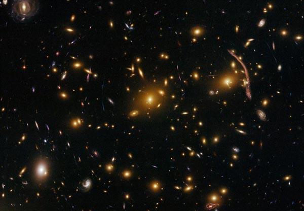 哈勃望远镜涅磐重生 拍摄惊艳太空照(组图) - 真心英雄 - 真心英雄