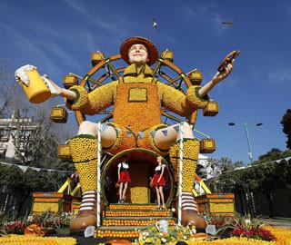 法国芒通举行柠檬节 水果雕塑造型百变