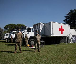 阿根廷接收中国援助的野战医院