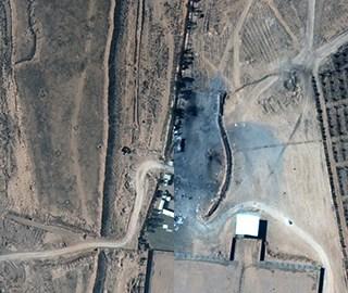 俯瞰叙利亚受空袭设施 轰炸前后对比明显