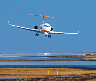 ARJ21喷气客机完成冰岛大侧风试飞