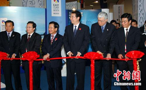 国侨办副主任许又声出席马来西亚精品馆开馆式
