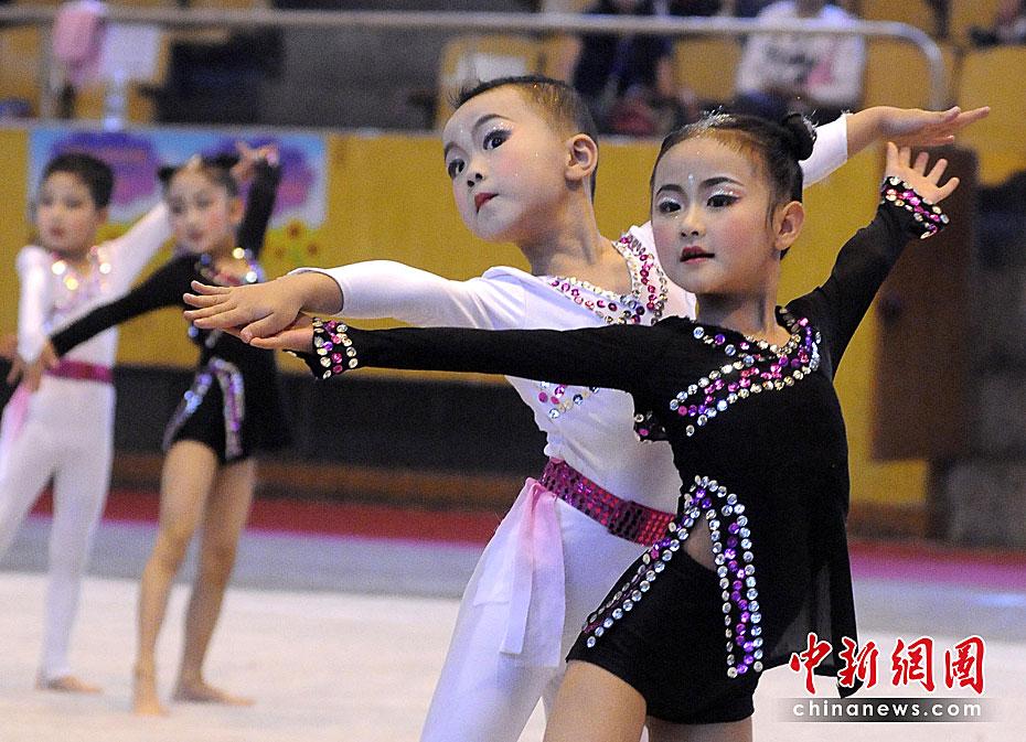 """庆祝""""六一""""儿童节(组图) - 长城 - 长城的博客http://jsxhscc."""