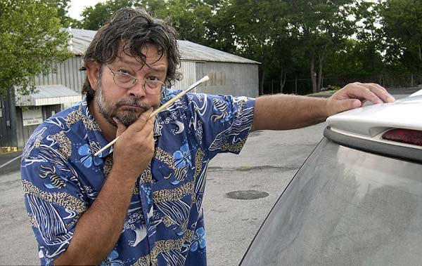 [荐]艺术家在汽车窗上用灰尘作画 - taozi - 当明天成为昨天