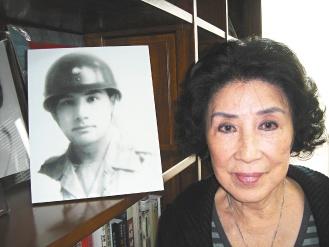 张灵甫遗孀申请补发抗日勋章 军方要求花钱买回(图)