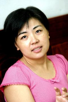 大陆配偶在台入籍10年回任公职 同事赞台湾之幸 - 姑爺 - 新住民陳欽緯