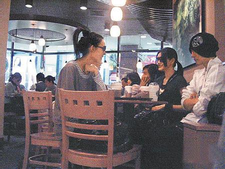 http://www.chinanews.com.cn/yl/mxzz/news/2007/04-26/U25P4T8D924289F107DT20070426092247.jpg