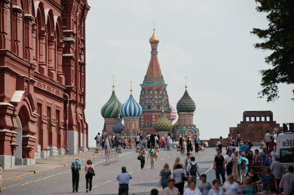 俄专家支招政府迎接中国游客潮:提票价 警察学汉语