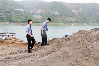 法律監督促成偷排污水企業被查 奉節梅溪河更清了