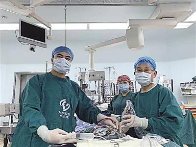 女子五官四肢變粗大 原來得了腦垂體瘤