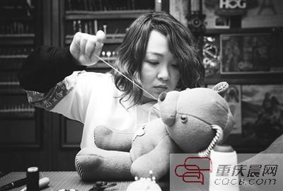 这个80后重庆女孩 其实是在治愈人心